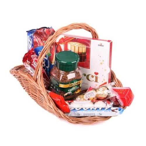 Купить на заказ Заказать Кофейно-конфетная корзина с доставкой по Павлодару  с доставкой в Павлодаре