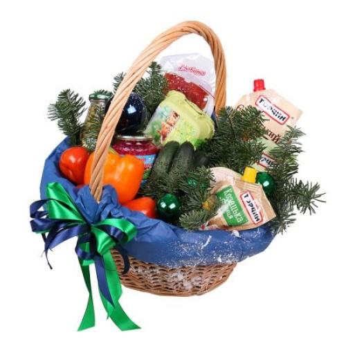 Купить на заказ Заказать Новогодняя корзина «Продуктовая» с доставкой по Павлодару  с доставкой в Павлодаре