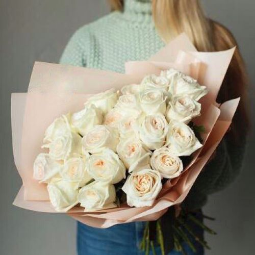 Купить на заказ Заказать Букет из 31 белой розы с доставкой по Павлодару  с доставкой в Павлодаре