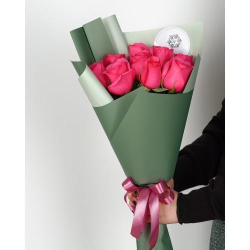Купить на заказ Букет из 7 розовых роз с доставкой в Павлодаре
