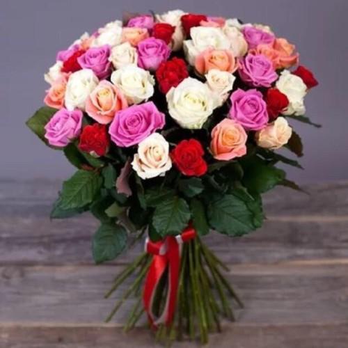 Купить на заказ Заказать Букет из 31 розы (микс) с доставкой по Павлодару  с доставкой в Павлодаре