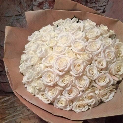 Купить на заказ Заказать Букет из 101 белой розы с доставкой по Павлодару  с доставкой в Павлодаре